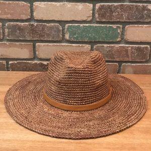 BillaBong Straw Hat